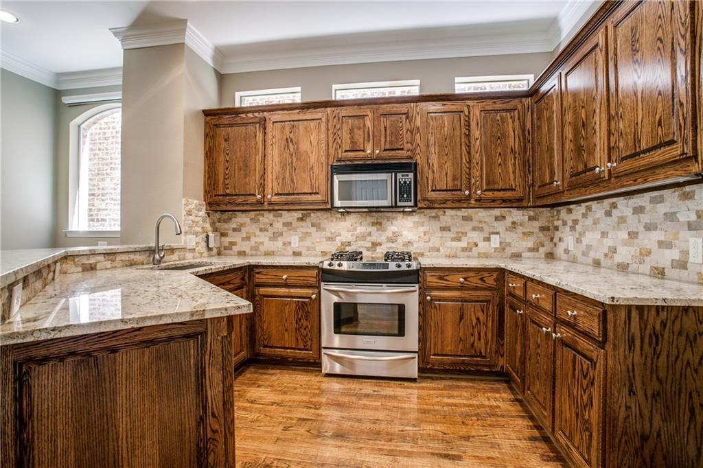 Sold Property | 18159 Frankford Lakes Circle Dallas, Texas 75252 9