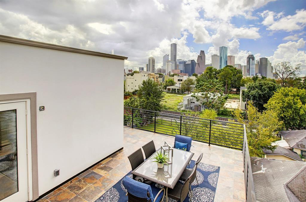 Off Market | 1215 Summer Street #A Houston, Texas 77007 2