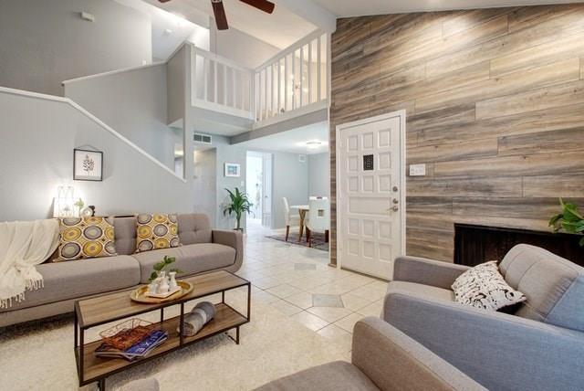 Sold Property   1712 Timberwood Drive Austin, TX 78741 1