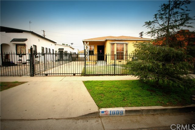 Off Market | 1009 E 73rd Street Los Angeles, CA 90001 1