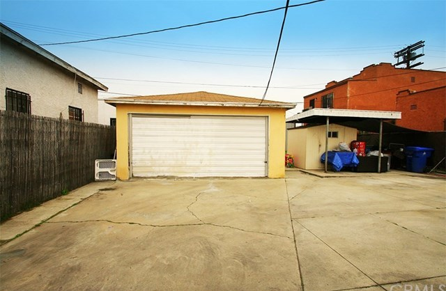 Off Market | 1009 E 73rd Street Los Angeles, CA 90001 23