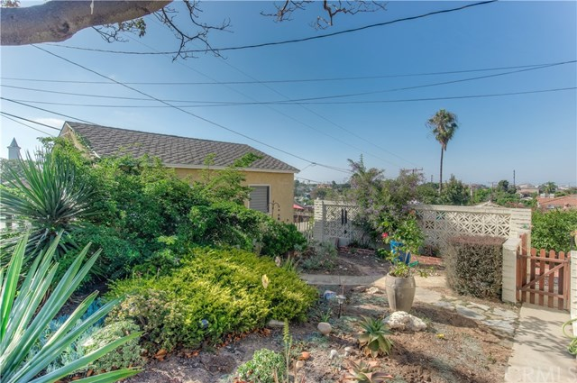 Closed | 703 Sierra Street El Segundo, CA 90245 15