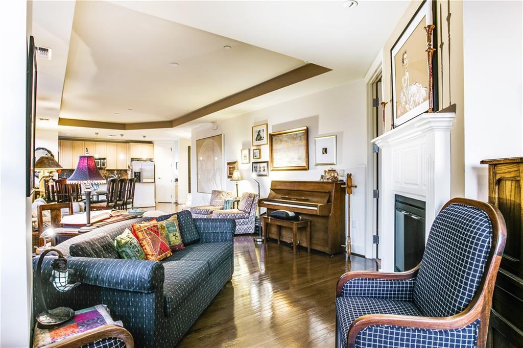 Sold Property | 1505 Elm Street #1104 Dallas, TX 75201 4