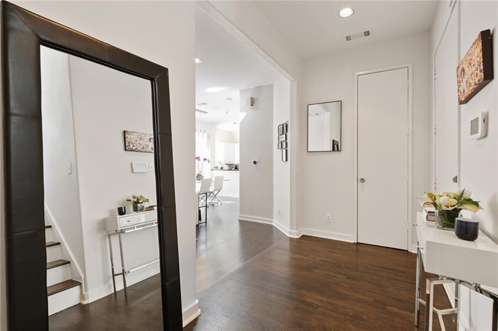 Sold Property   4119 Throckmorton Street Dallas, Texas 75219 20