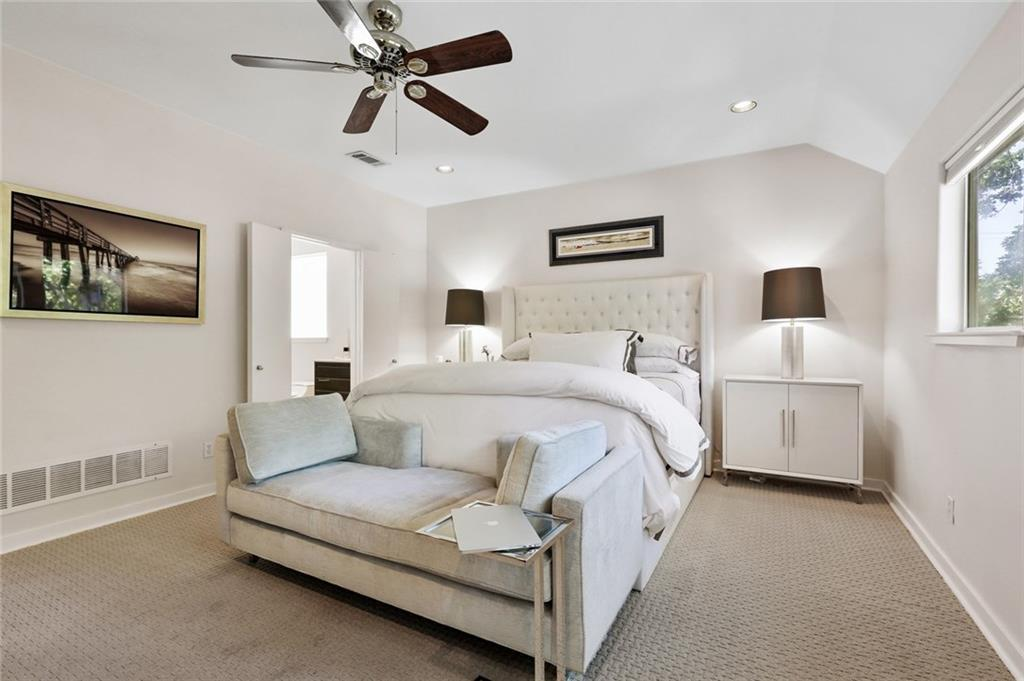 Sold Property   4119 Throckmorton Street Dallas, Texas 75219 29