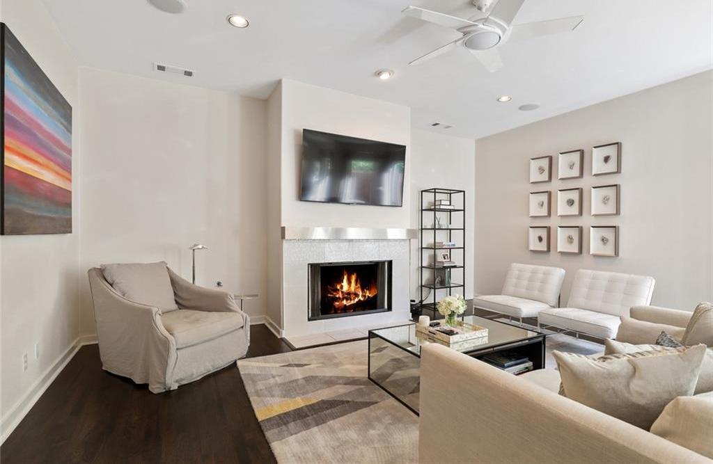Sold Property   4119 Throckmorton Street Dallas, Texas 75219 3