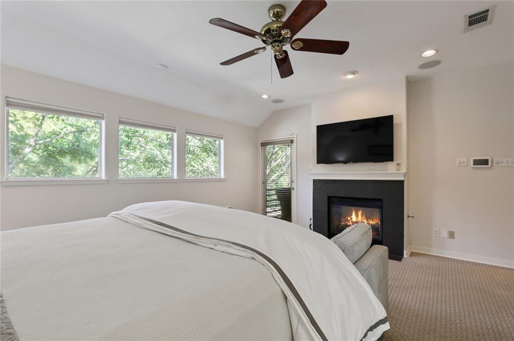 Sold Property   4119 Throckmorton Street Dallas, Texas 75219 31