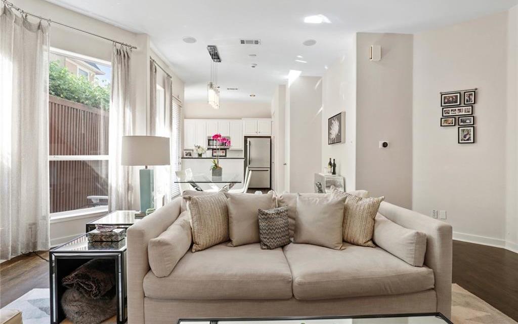 Sold Property   4119 Throckmorton Street Dallas, Texas 75219 7