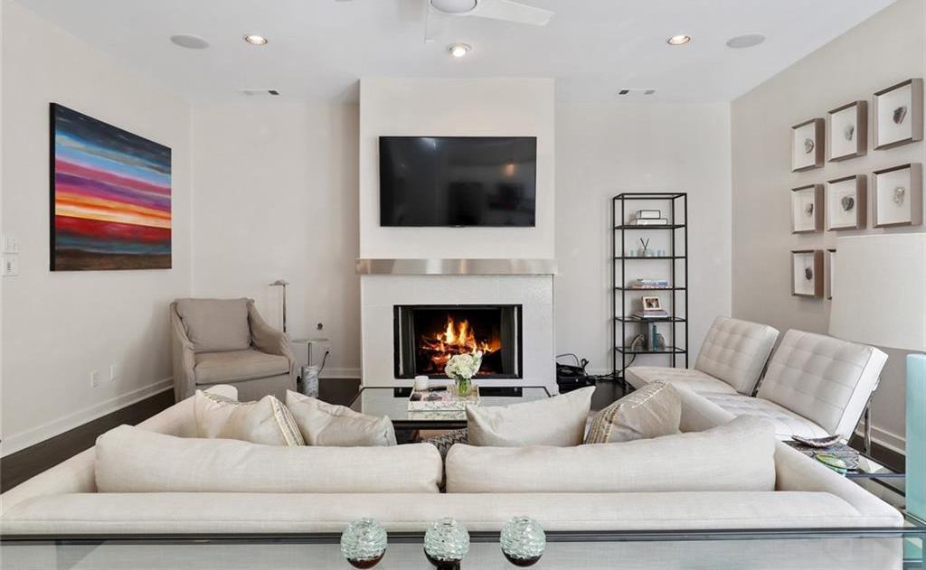 Sold Property   4119 Throckmorton Street Dallas, Texas 75219 8