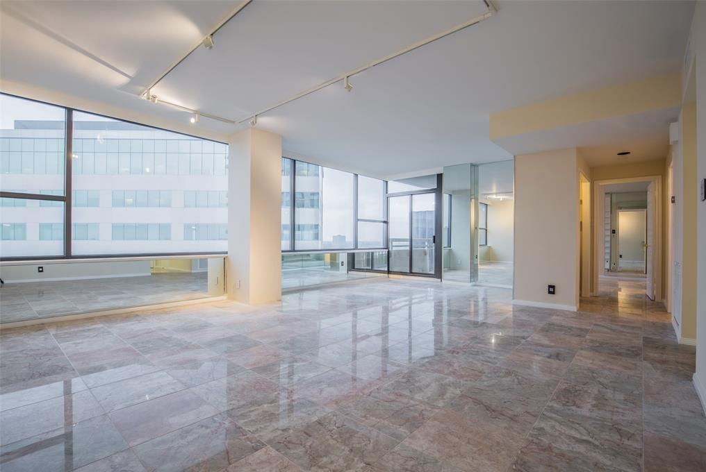 Off Market | 14 Greenway Plaza #13M Houston, Texas 77046 1