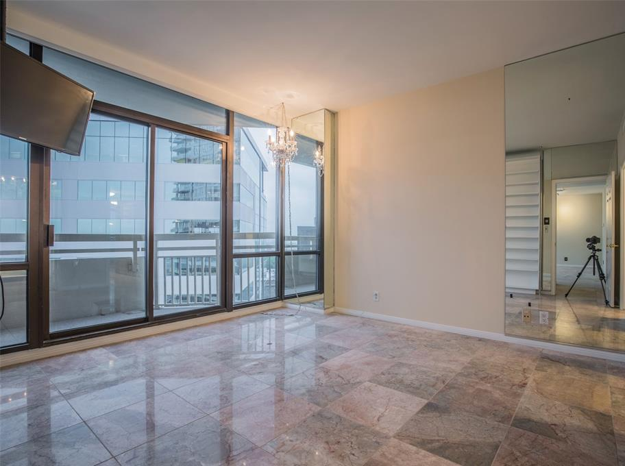 Off Market | 14 Greenway Plaza #13M Houston, Texas 77046 12