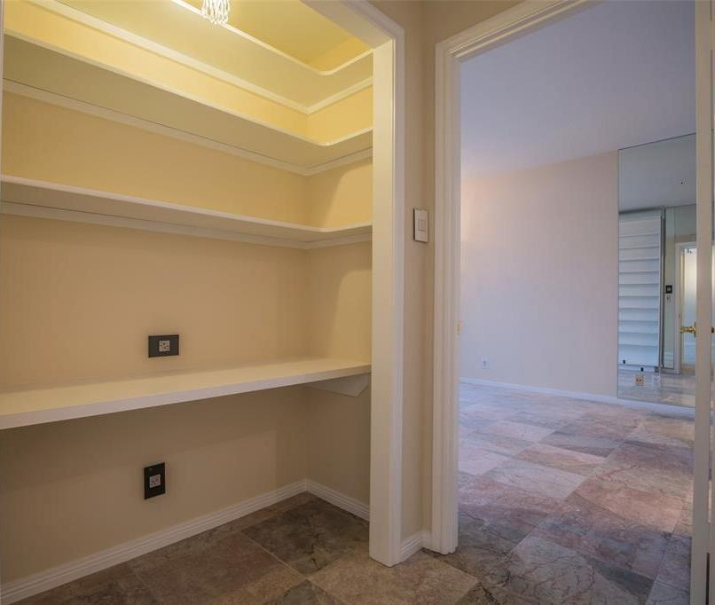 Off Market | 14 Greenway Plaza #13M Houston, Texas 77046 15