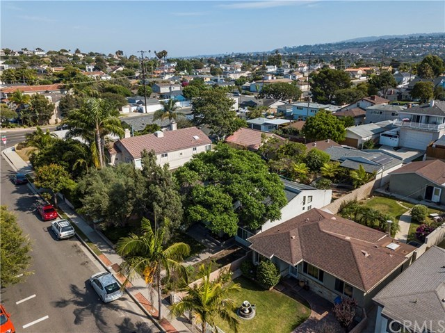 Closed | 856 Avenue A  Redondo Beach, CA 90277 36