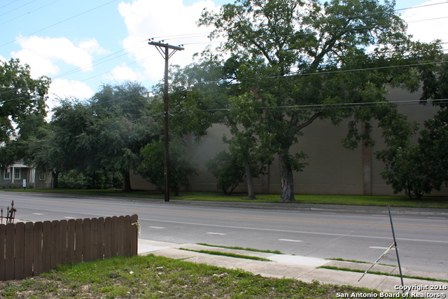 Off Market   1015 S Main Ave  San Antonio, TX 78204 11