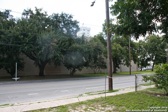 Off Market   1015 S Main Ave  San Antonio, TX 78204 7