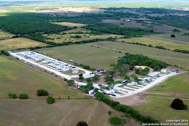 Active | 454 County Road 136 Kenedy, TX 78119 1