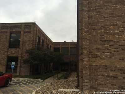 Active   2929 Mossrock Dr  #225 San Antonio, TX 78230 5