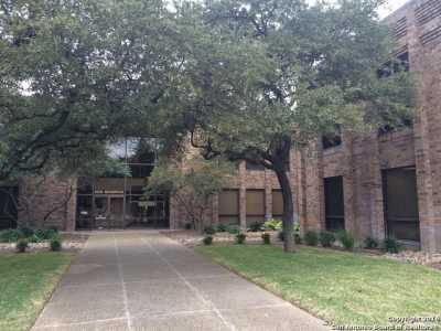 Active   2929 Mossrock Dr  #225 San Antonio, TX 78230 6