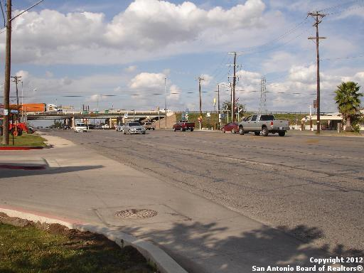 Active | 5515 Roosevelt Ave San Antonio, TX 78214 4