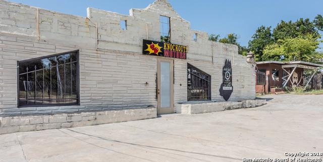 Active | 2922 E Houston St San Antonio, TX 78202 12