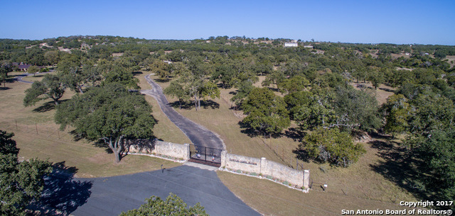 Sold Property | 225 Hugo Real Rd  Kerrville, TX 77954 1