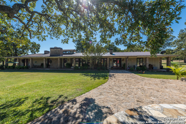 Sold Property | 225 Hugo Real Rd  Kerrville, TX 77954 2
