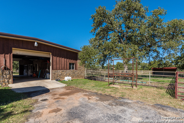 Sold Property | 225 Hugo Real Rd  Kerrville, TX 77954 23