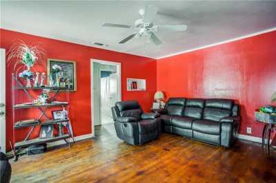 Sold Property | 619 S Barnett Avenue 3
