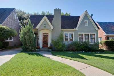 Sold Property | 6204 Belmont Avenue Dallas, Texas 75214 1