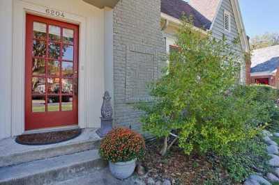 Sold Property | 6204 Belmont Avenue Dallas, Texas 75214 2