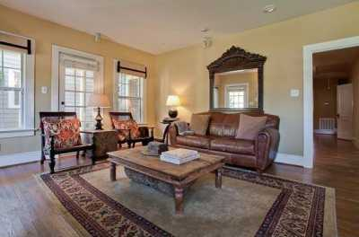Sold Property | 6204 Belmont Avenue Dallas, Texas 75214 3