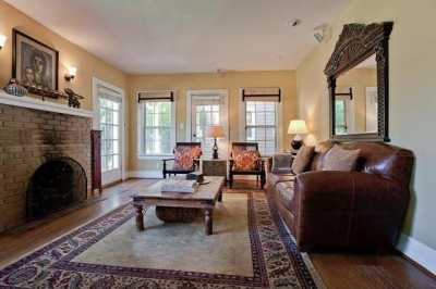 Sold Property | 6204 Belmont Avenue Dallas, Texas 75214 4