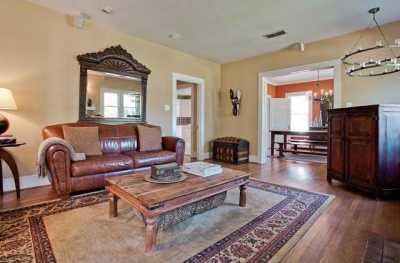 Sold Property | 6204 Belmont Avenue Dallas, Texas 75214 5