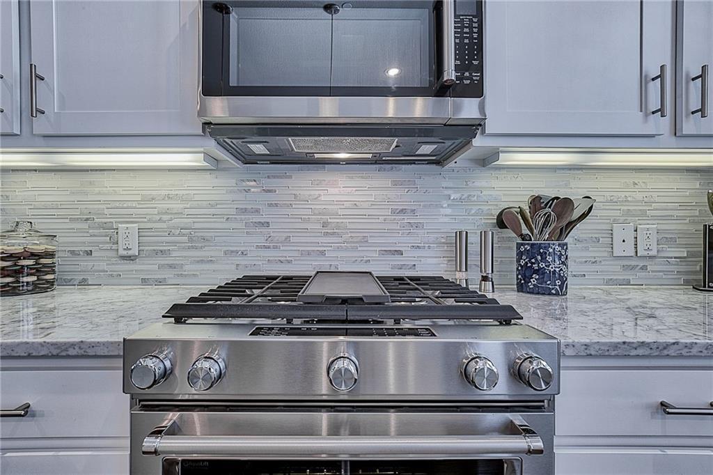 Sold Property | 15849 Spectrum Drive Addison, Texas 75001 14