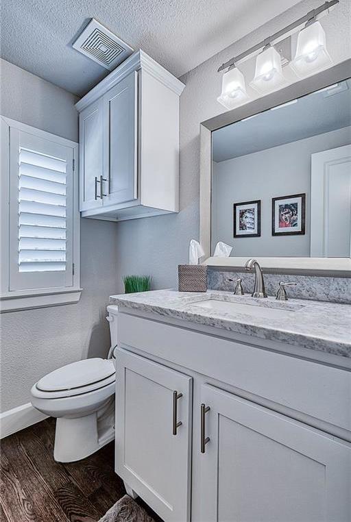 Sold Property | 15849 Spectrum Drive Addison, Texas 75001 23