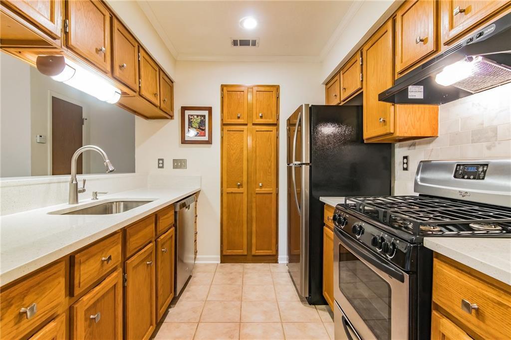 Sold Property | 3839 Dry Creek Drive #126 Austin, TX 78731 5