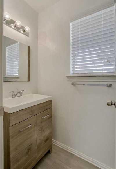 Sold Property   1933 Kentwood Lane Carrollton, Texas 75007 19