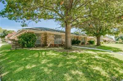 Sold Property   1933 Kentwood Lane Carrollton, Texas 75007 5