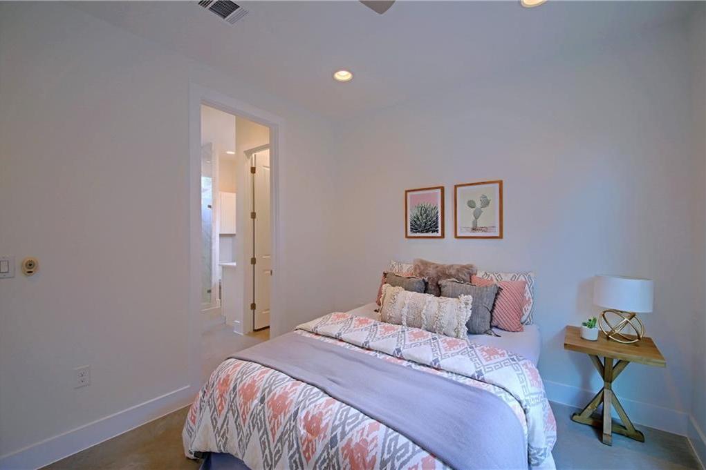 Sold Property | 7011 Bennett ave #2 Austin, TX 78752 15