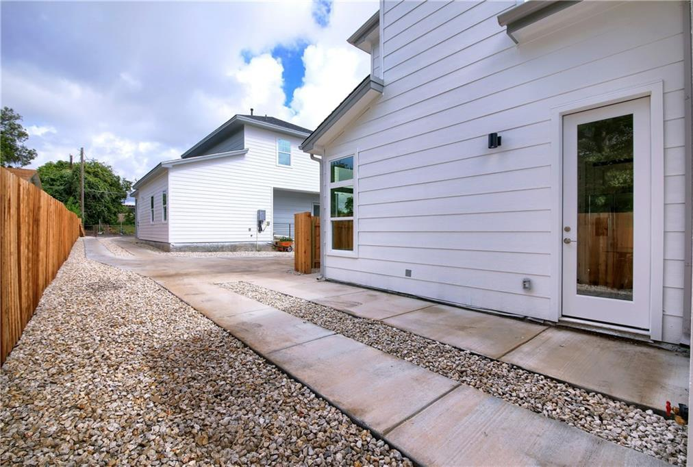 Sold Property | 7011 Bennett ave #2 Austin, TX 78752 3