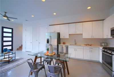 Sold Property   7011 Bennett ave #2 Austin, TX 78752 11