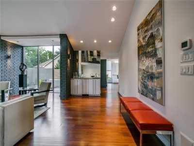 Sold Property | 6627 Velasco Avenue Dallas, Texas 75214 4