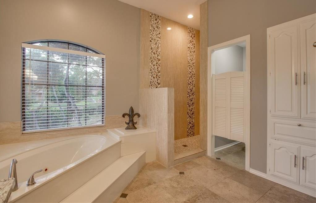 Sold Property   3018 Club Hill Drive Garland, Texas 75043 19