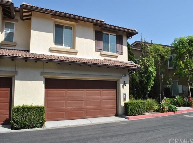 Off Market | 280 W Cork Tree Drive #444 Orange, CA 92865 2