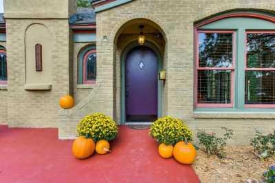 Sold Property | 910 Monte Vista Drive Dallas, Texas 75223 2