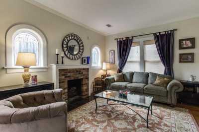 Sold Property | 910 Monte Vista Drive Dallas, Texas 75223 3