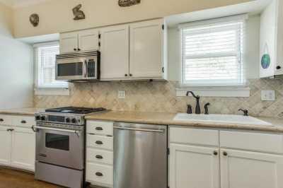Sold Property | 910 Monte Vista Drive Dallas, Texas 75223 7