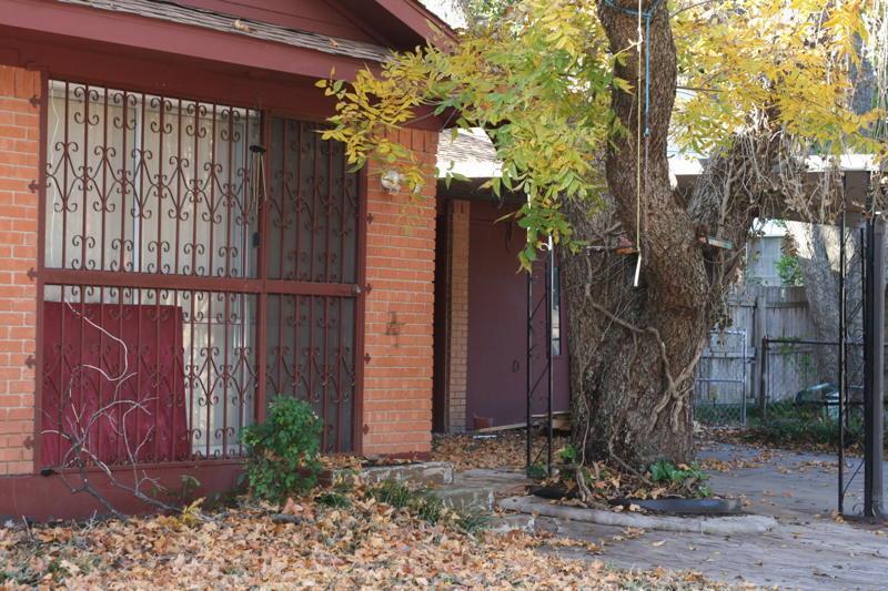 Leased | 1501 Ashland Street Arlington, Texas 76012 4