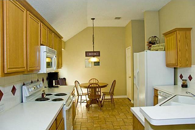 Sold Property | 1530 Sugar Bush Trail Allen, Texas 75002 4
