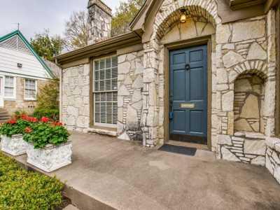 Sold Property | 7119 Casa Loma Avenue Dallas, Texas 75214 1